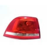 Lanterna Traseira Esquerda Vw Touareg 2012 V303